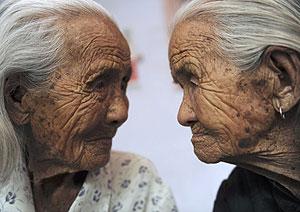 dos ancianas